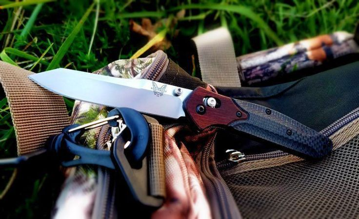 Benchmade - What is your dream edc knife? This is mine, benchmade 940-1601.Comment below! #everydaycarry #edc #theurbanowlco #knives #knivesdaily #pocketknives...