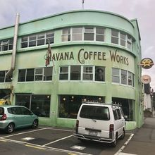 COFFEEUFEEL - Got to visit the famous havanacoffeeworks in Wellington, New Zealand! Had delicious Flat Whites and bought some beans. Cheers! ❤️🇳🇿☕️ #coffee #coffeelove...