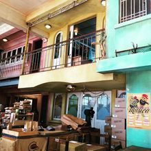 COFFEEUFEEL - The colourful, cool #Cuban themed #coffee #roastery and cafe of havanacoffeeworks #Wellington. They're almost as old as I am, and a big part of the city's...
